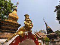 ชมวัดเซียงทอง ที่หลวงพระบาง พร้อมเก็บภาพนักท่องเที่ยวสาวจากเมืองไทย ที่เราคิดว่าเป็นสาวท้องถิ่น