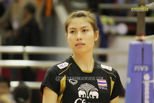 """เก็บภาพ """"น้องแนน ทัดดาว นึกแจ้ง"""" นักวอลเล่ย์บอลสาวทีมชาติไทย"""