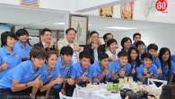 จังหวัดขอนแก่น อบจ.ขอนแก่น และสมาคมกีฬาจังหวัดขอนแก่น ได้เลี้ยงต้อนรับนักกีฬาพร้อมเจ้าหน้าที่ทีมฟุตบอลหญิงทีมชาติไทย ชุดเอเชี่ยนเกมส์ ที่ประเทศเกาหลีใต้ ปลายปีนี้และชุดฟุตบอลโลก ที่แคนาดา เมื่อวันที่ 9 กรกฏาคม 2557 ที่ผ่านมา 844total views, 4views today