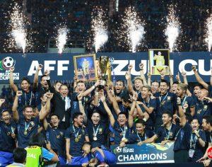 ประมวลภาพพิธีรับถ้วยแชมป์ AFF Suzuki Cup 2016 ทีมชาติไทยคว้าแชมป์อาเซียน ครั้งที่ 5